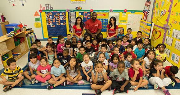 人種のるつぼのような米国の小学校
