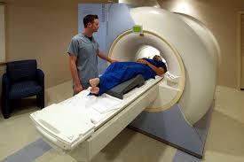 MRI診断の様子