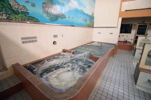 中延温泉 松の湯 メイン湯船