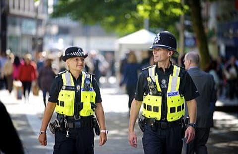 お洒落なイギリスの警察官
